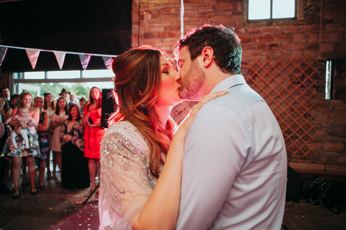 Natalie Simon yorkshire wedding photographer-110