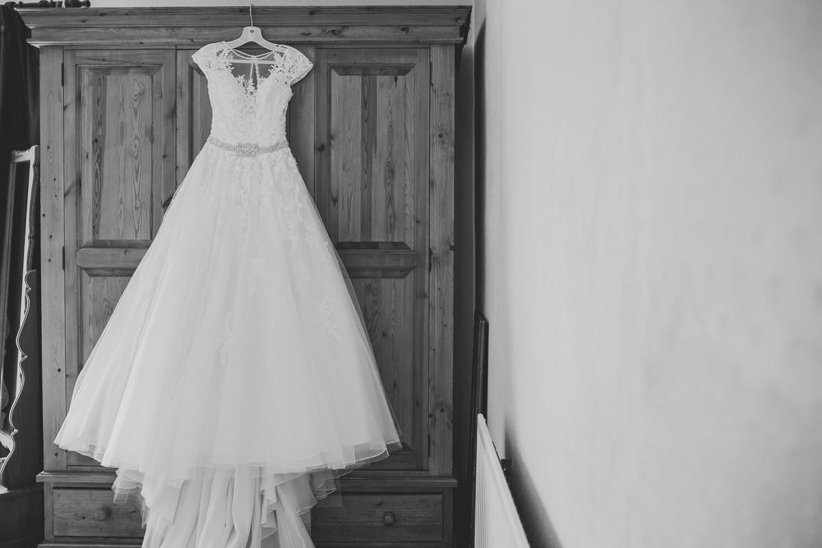 Chequers Ledsham Wedding-10