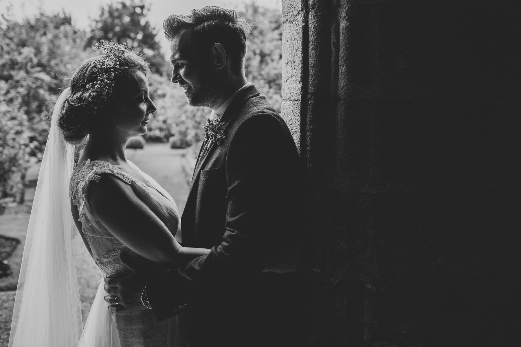 Sarah & Richard | East Riddlesden Hall Wedding 163