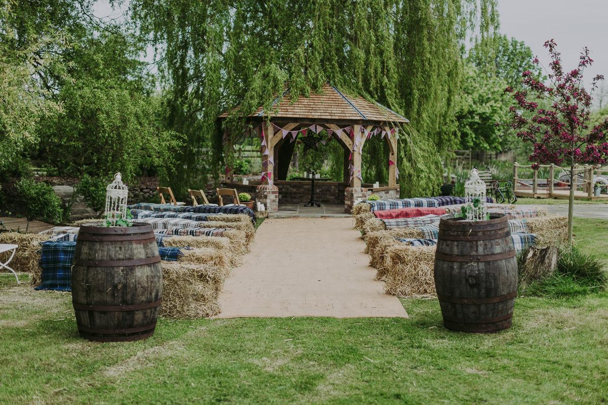 Kerry & Jonathan   Skipbridge Farm Wedding 22