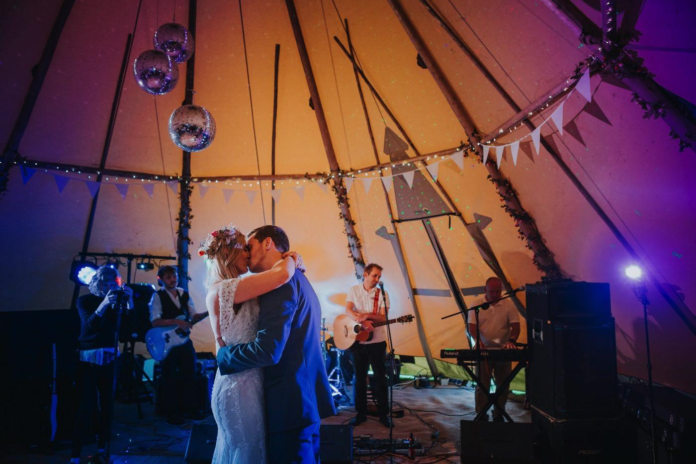 Robyn & Alex | Angrove Park wedding 149