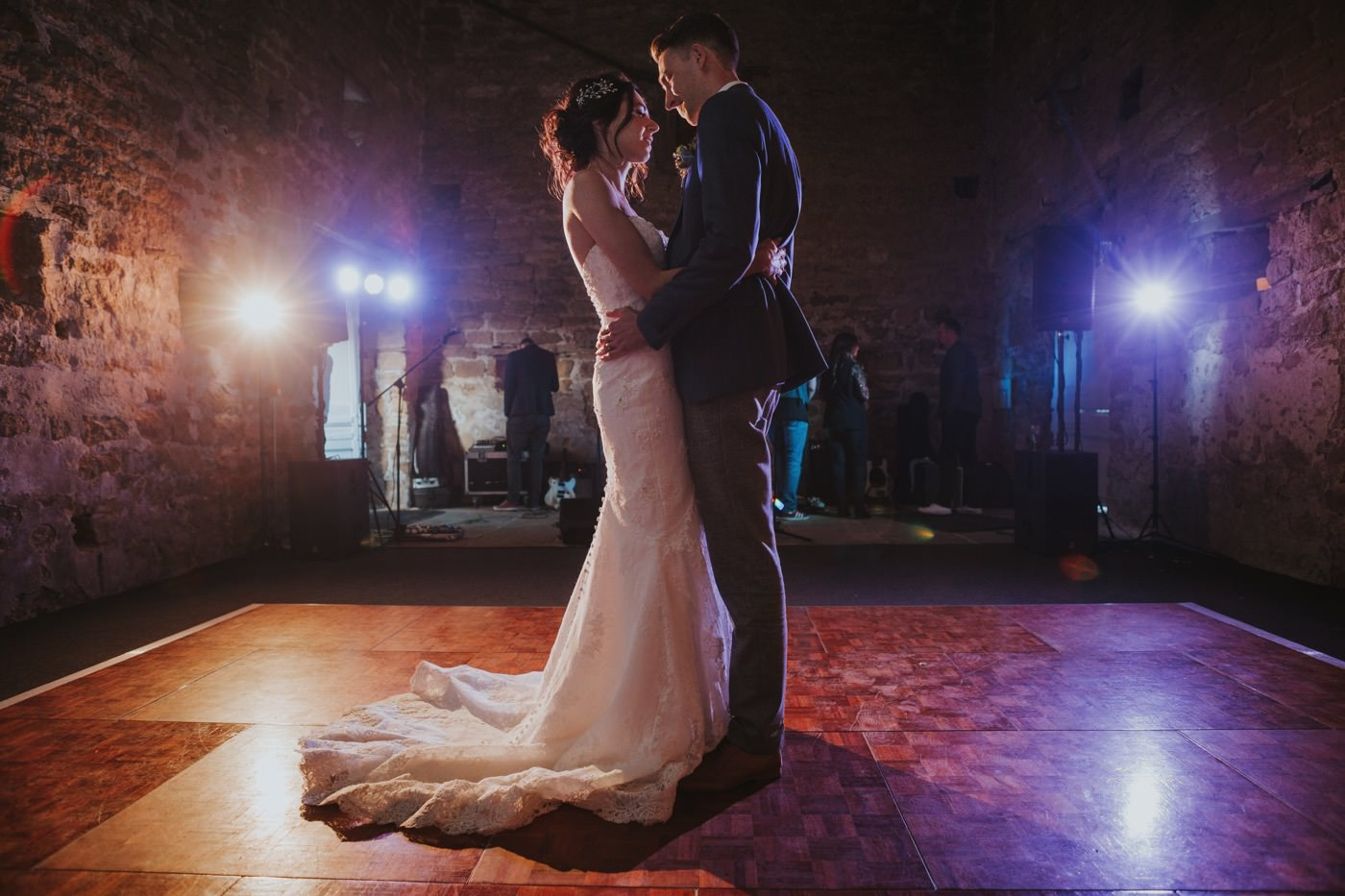 Matt & Emma | Hooton Pagnell Hall & Stable Arches 92