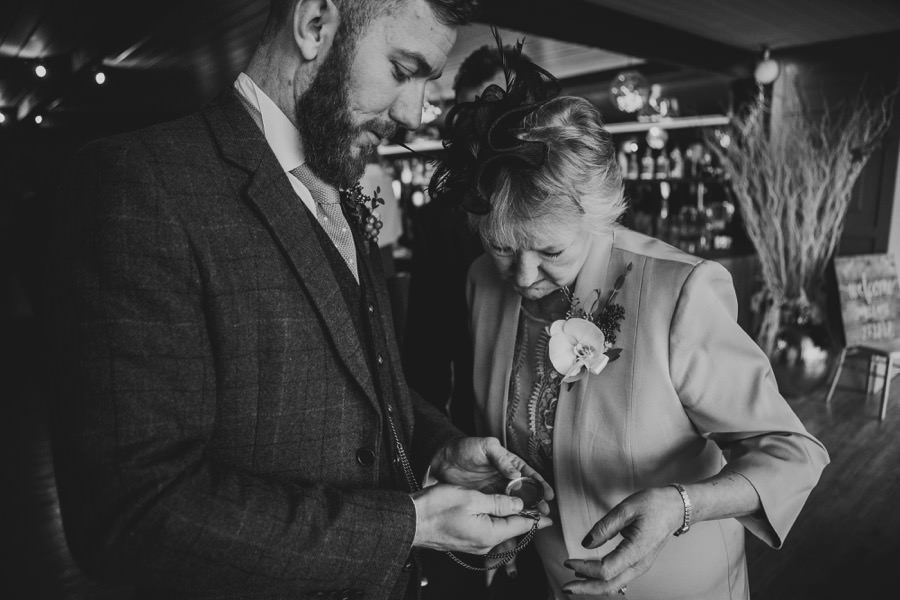 Amie & James | Yorkshire wedding barn 28
