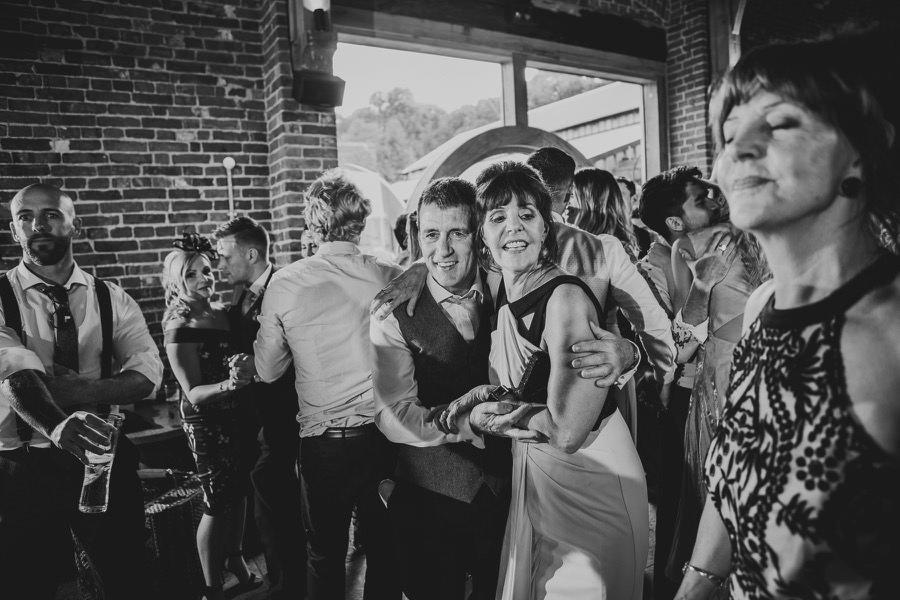 Emma & Leon | Hazel Gap Wedding 101